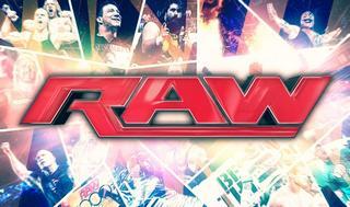 Trainer на WWE Raw